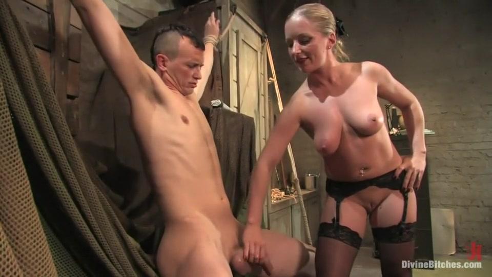 Hot Nude Hot girl nude shower handjob gif