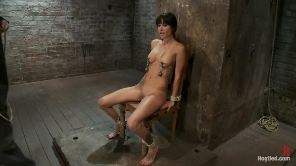 Woman Caught Masturbating On Camera Naked xXx Base pics