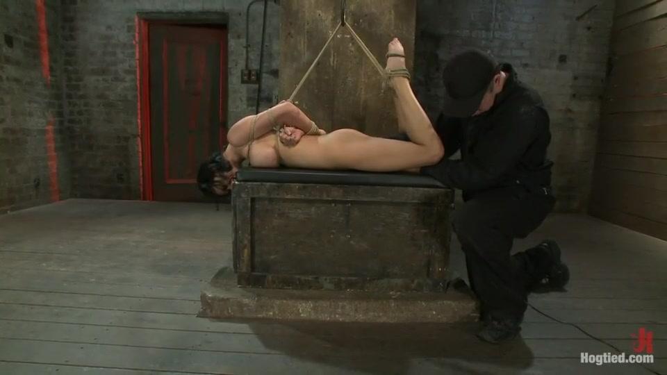 Hot Nude Amanda lynn naked