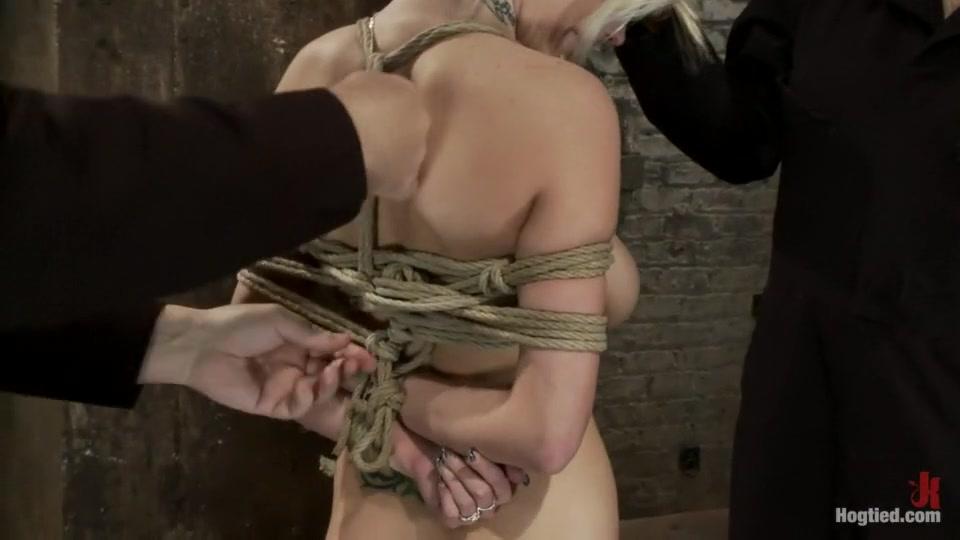 Porn archive The Hose Saleswoman
