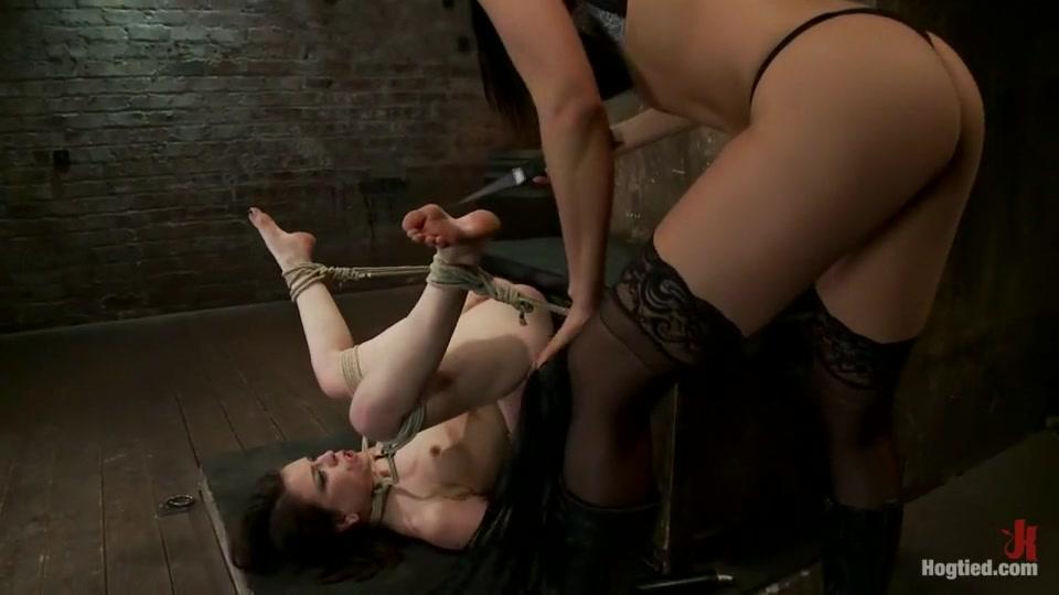 Porn clips Busty ebony girls pics