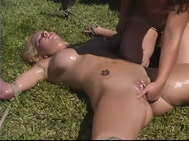 Naked Pictures How to masturbate in college