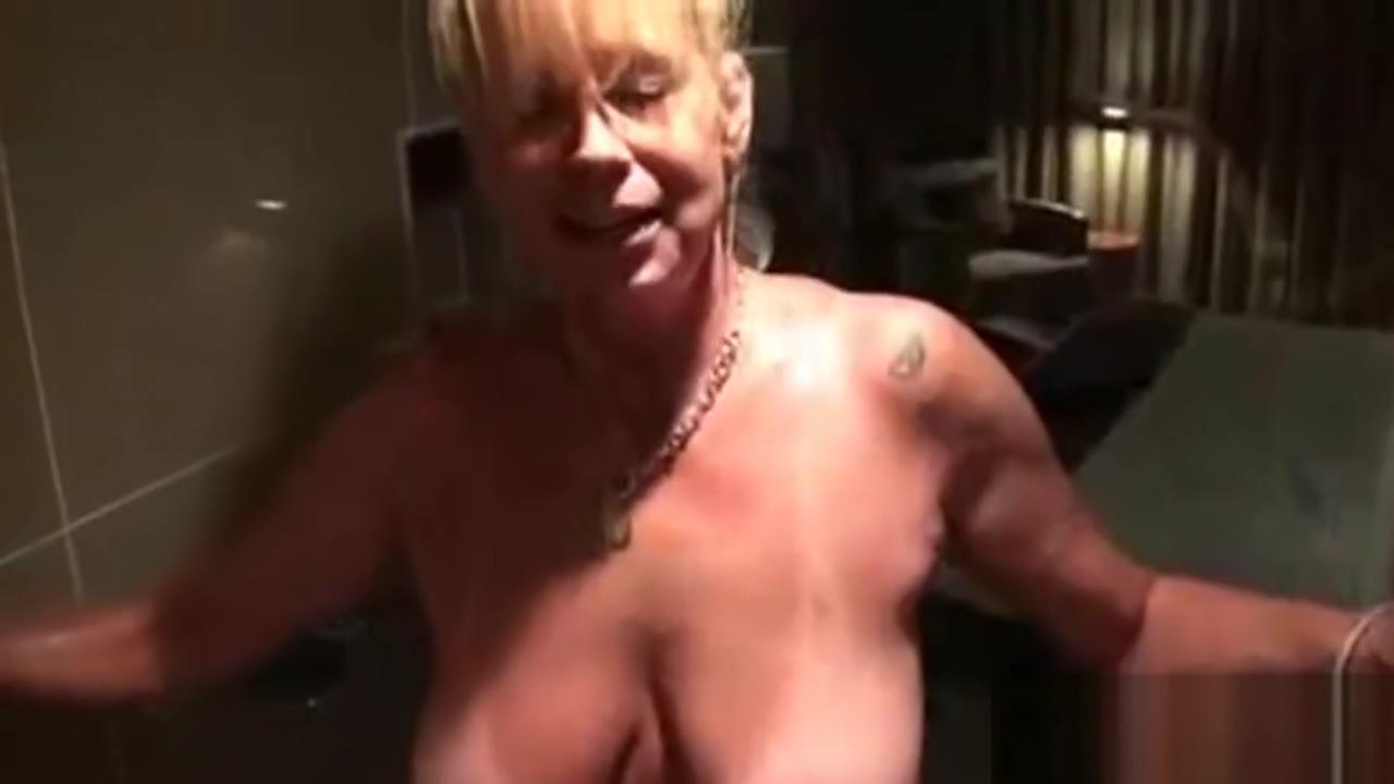 Cougar Silvia seduced her 19 years old neigbhor skinny black guy and bbw