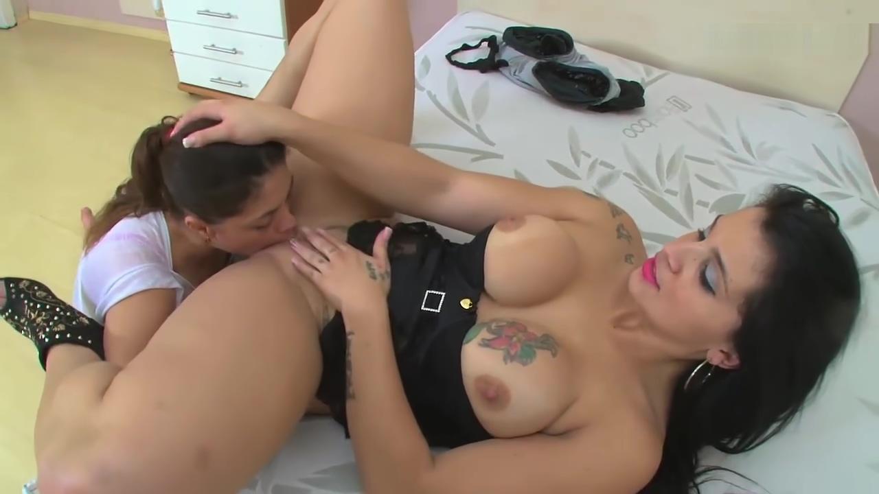 Brazilian Lesbian Ass Licking Chris Castelary French mere fils