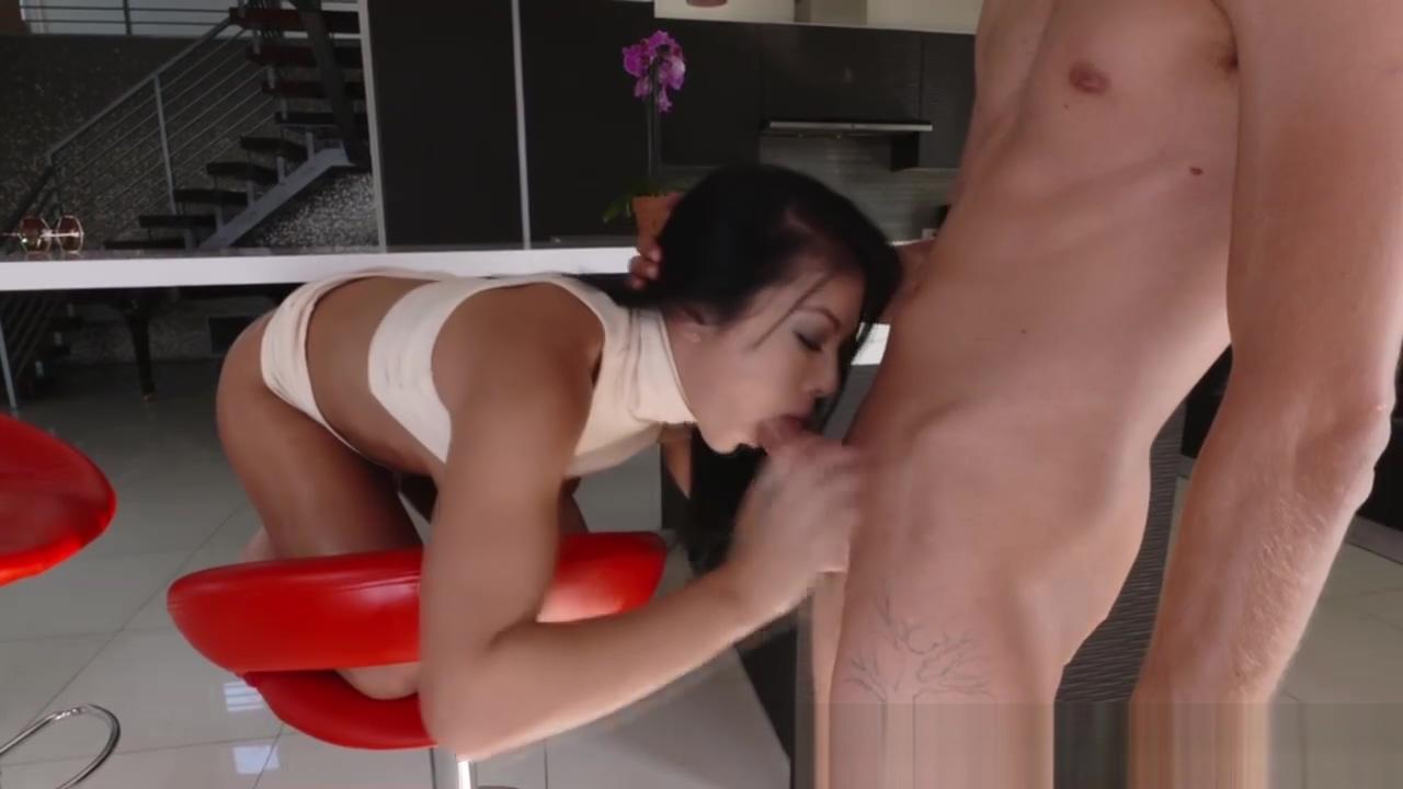 Sweet hottie Morgan Lee fucking large cock Nicole Kidman Naked Photo