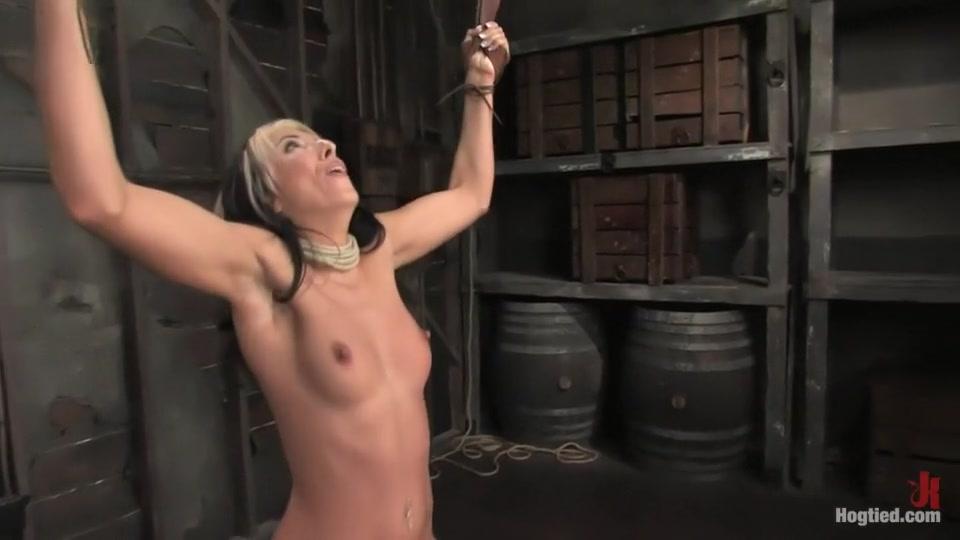 fuck sucking slave wearing wifes Nude gallery