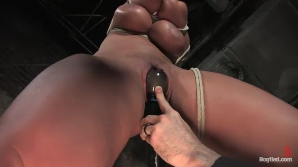 XXX Video Uk sluts in stockings