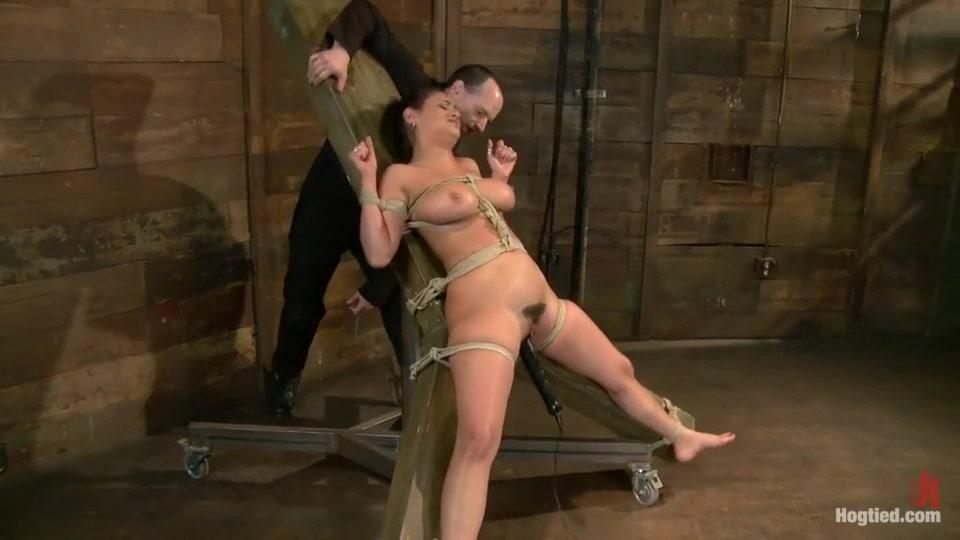 Hot Nude gallery Who is kristoff st john hookup divas scavenger