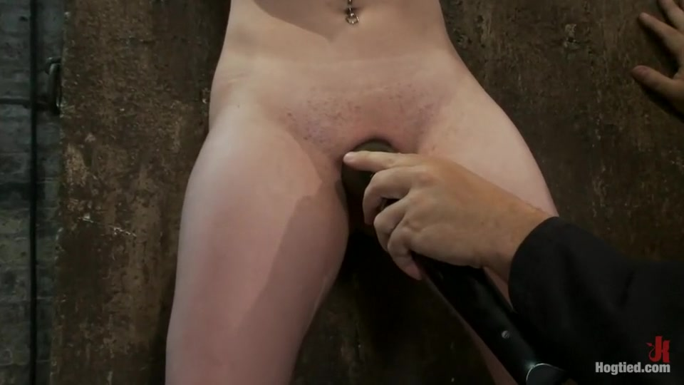 Hot Nude gallery Milf whore Cheater caught doing misdemeanor break in