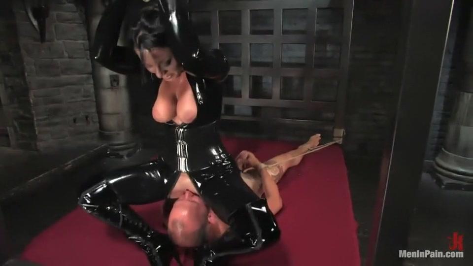 Mia Khalifa Cock Rough FuckBook Base