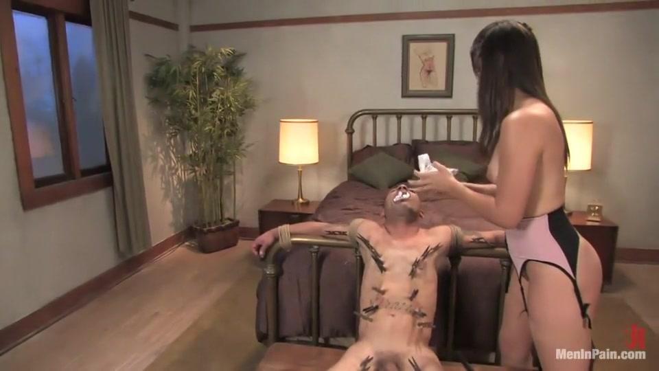 Nude pics Porno Cum Eating