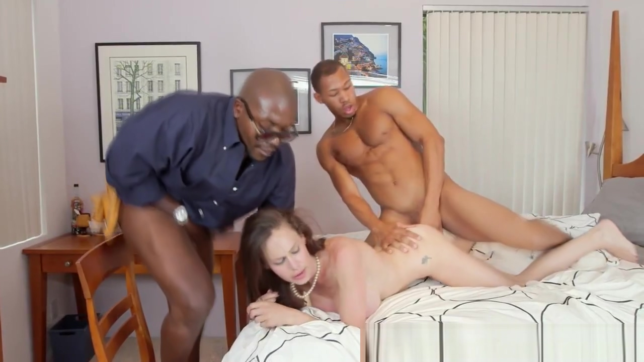 Hugetitted MILF housewife takes on two BBCs Mp4fuck Video