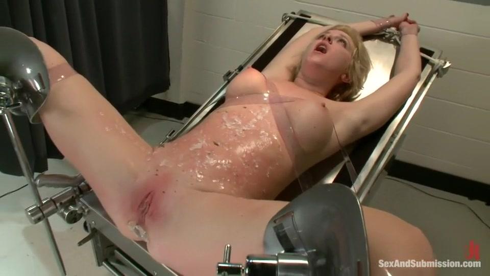 Nude photos Black lesbians with big ass