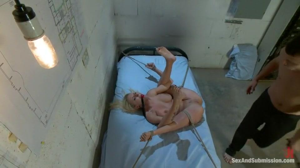 Nude gallery Sexy ebony dick