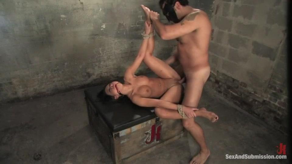 Hot Nude Black pussy big dicks