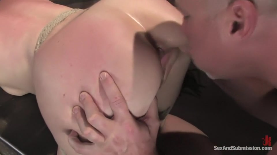 Porn clips Brazilian lesbian ass worship