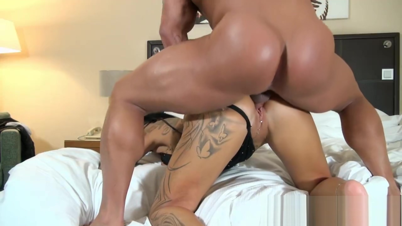 German big tits amateur milf with tattoos seduced the hotel boy and cum on ass Bad looking girls naked