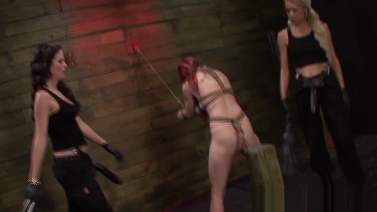 Tied les slave dominated Girl Busty Studemt