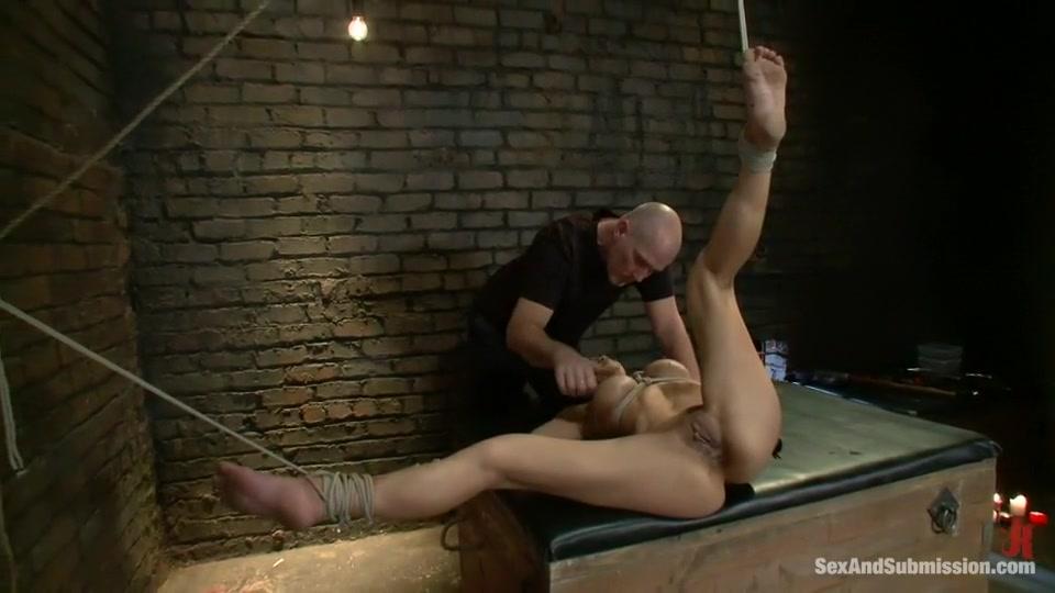 Naked FuckBook Free capri anderson porn