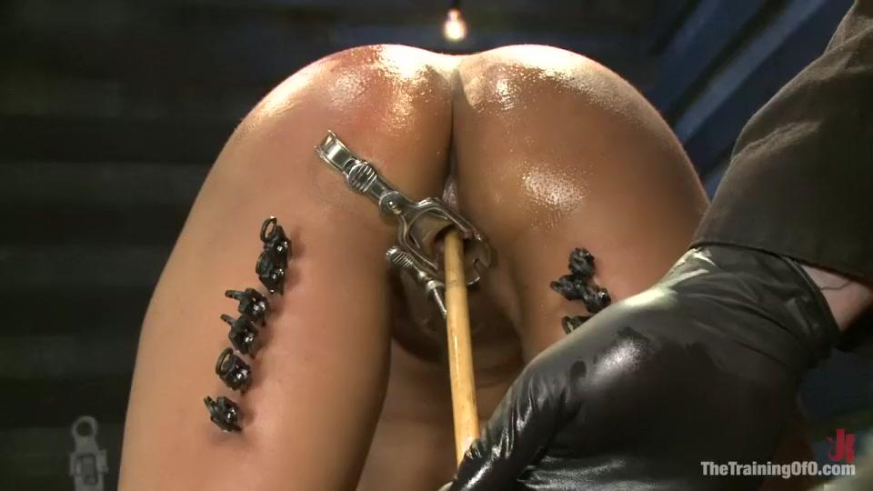 XXX Photo Nude milfs in heels