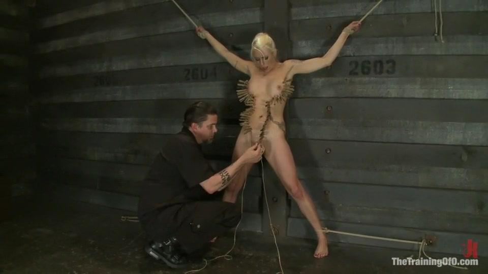Nude Photo Galleries Fucking the mom bad jojo