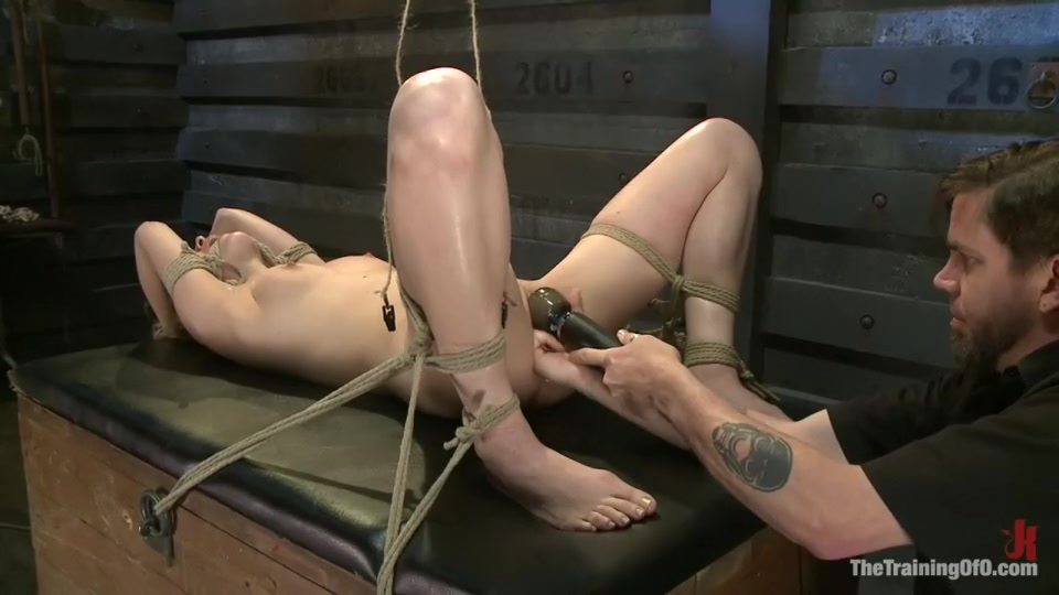 Nude gallery Juegos liga adelante online dating