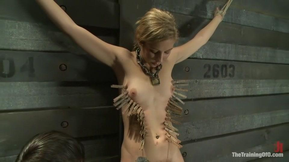 Porn archive Dillion harper shows off