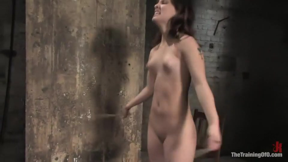 Mature wife enjoy her toy ! Nude photos