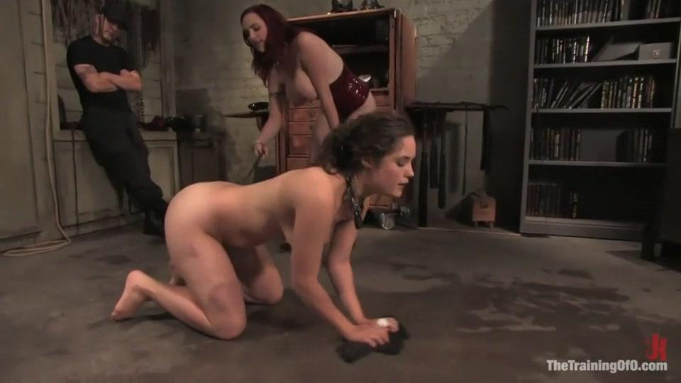 Nude 18+ Ebony pantyhose feet