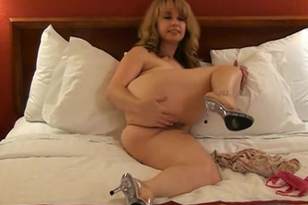 Sexy Mature Chick 29 Fucked On Abus
