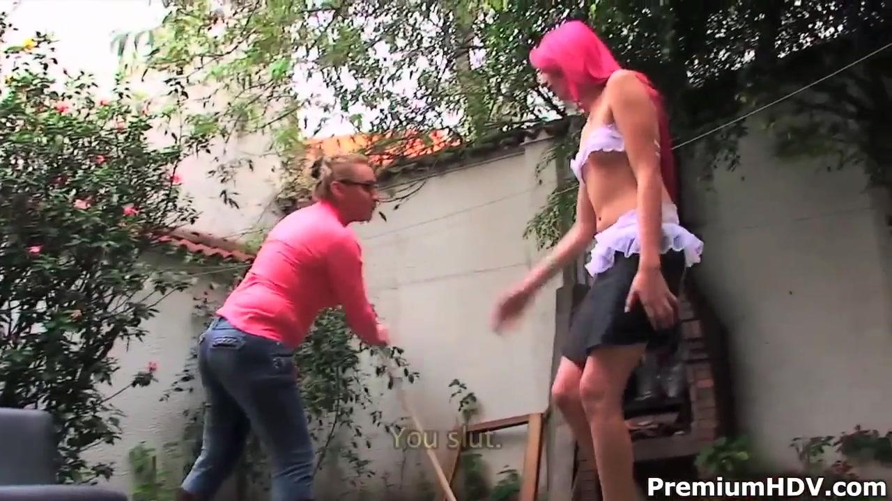 Strapon fisting lesbi i