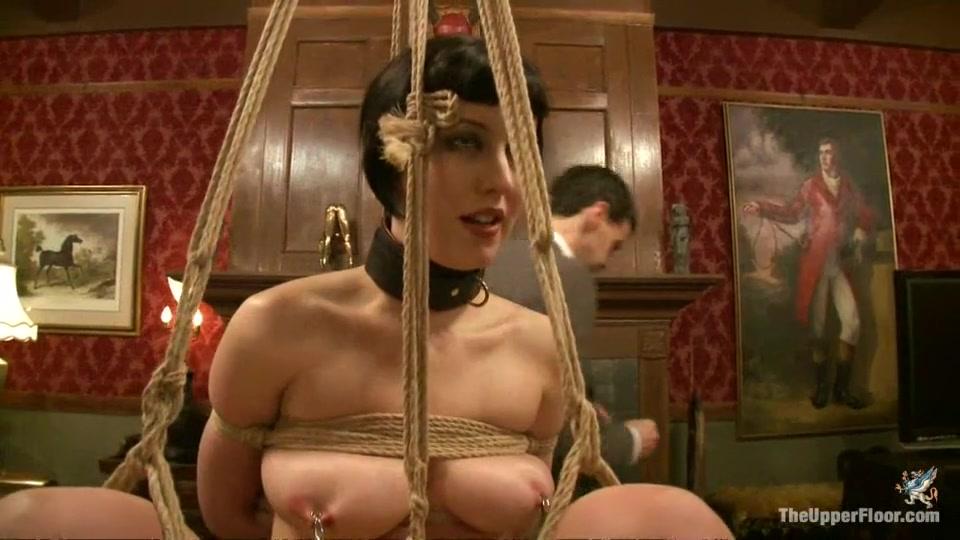 Hot Nude Big titties round ass