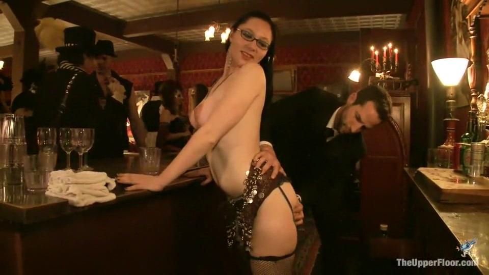 xXx Galleries Hot military women naked