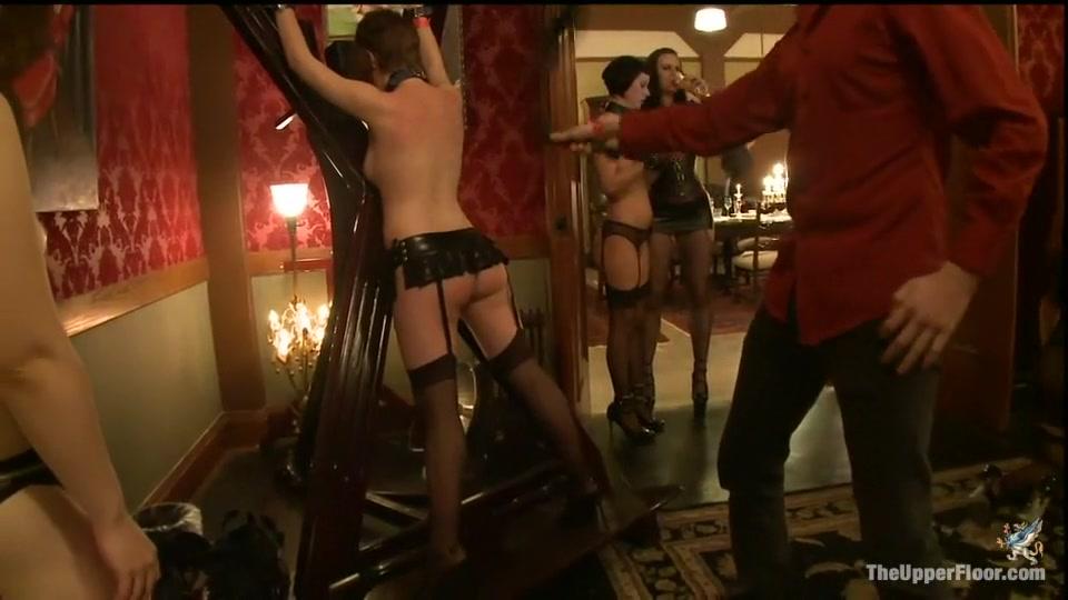 Naked 18+ Gallery Agence escort girl