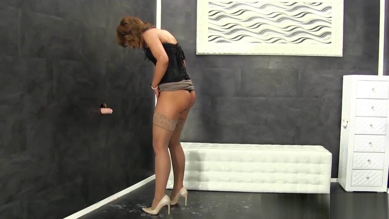 Bukkake slut gets creamed Sexy girl sitting pussy on face