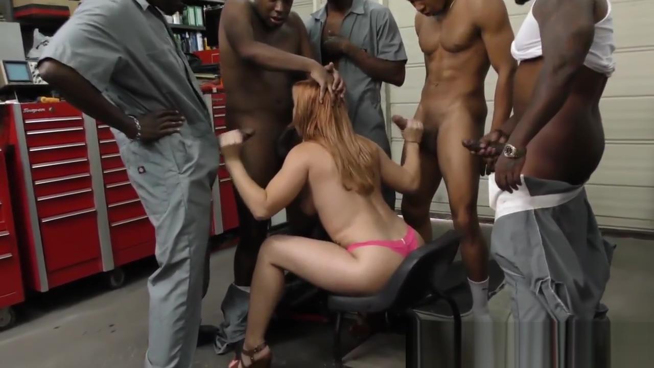 Blowbanging slut bukkake Ass butt porn pics