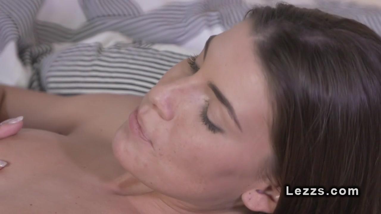 Lesbea orgasam Italian wife
