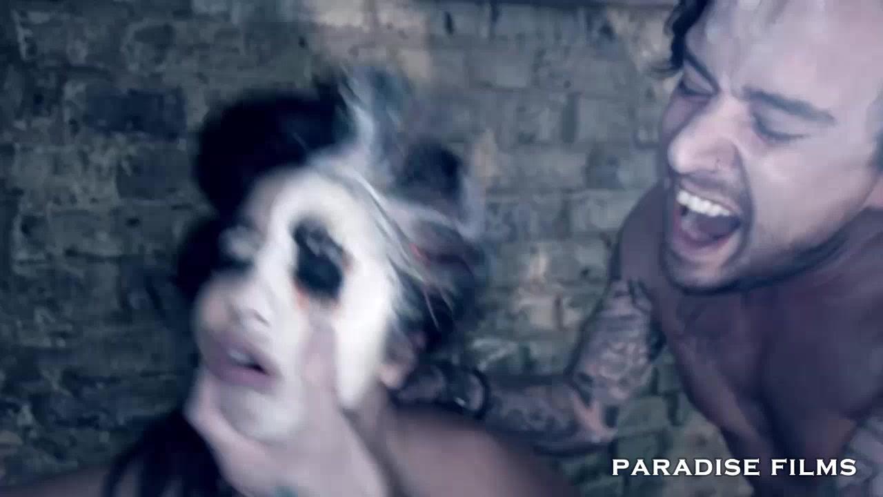 Watch free priyanka sex nude videos XXX pics