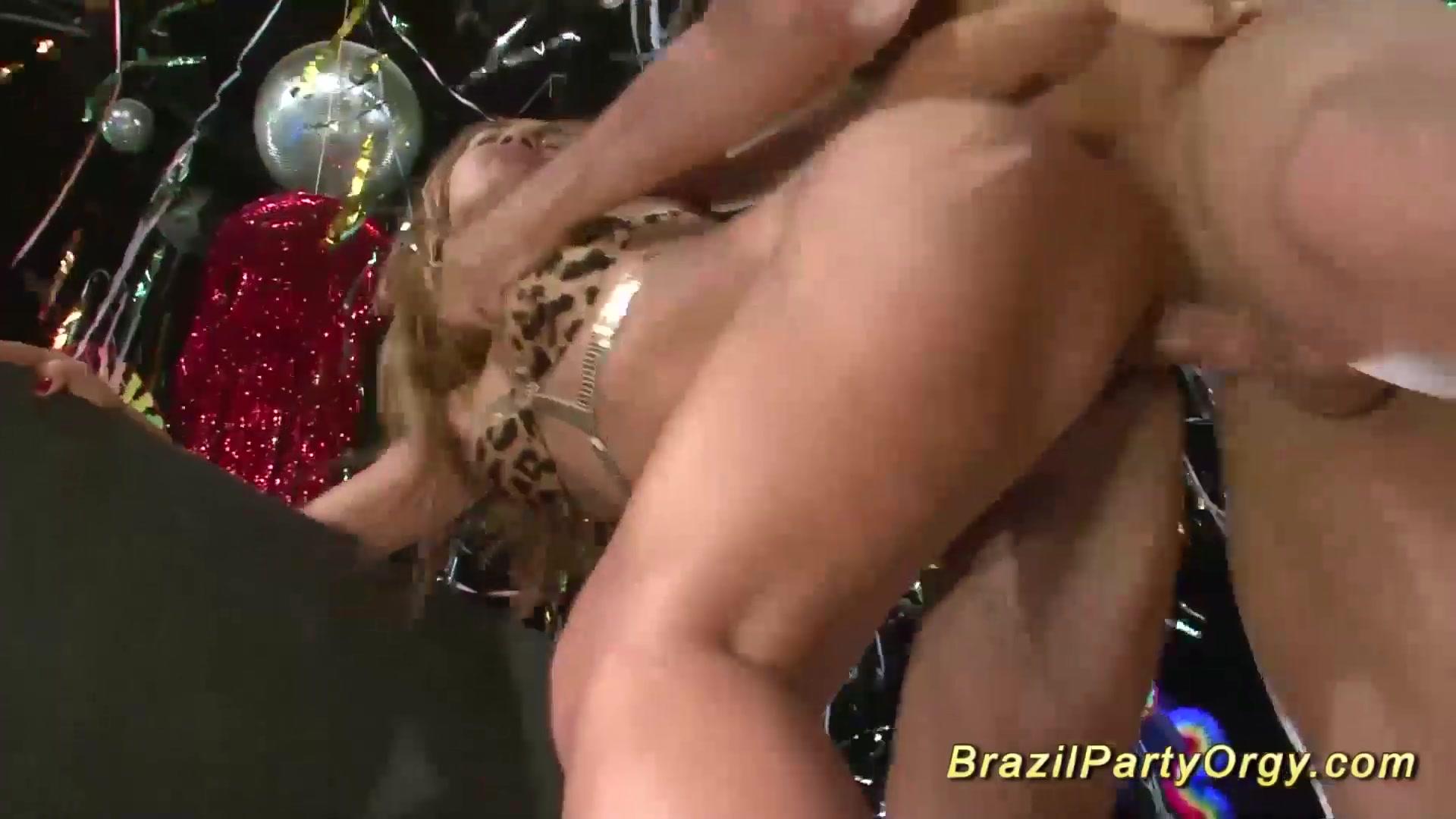 Sexy xXx Base pix Geschworene jungfrauen albanien dating