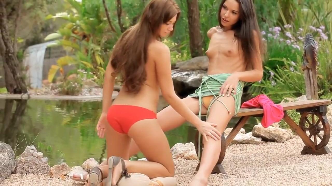 Porne orgy lesbian Foot