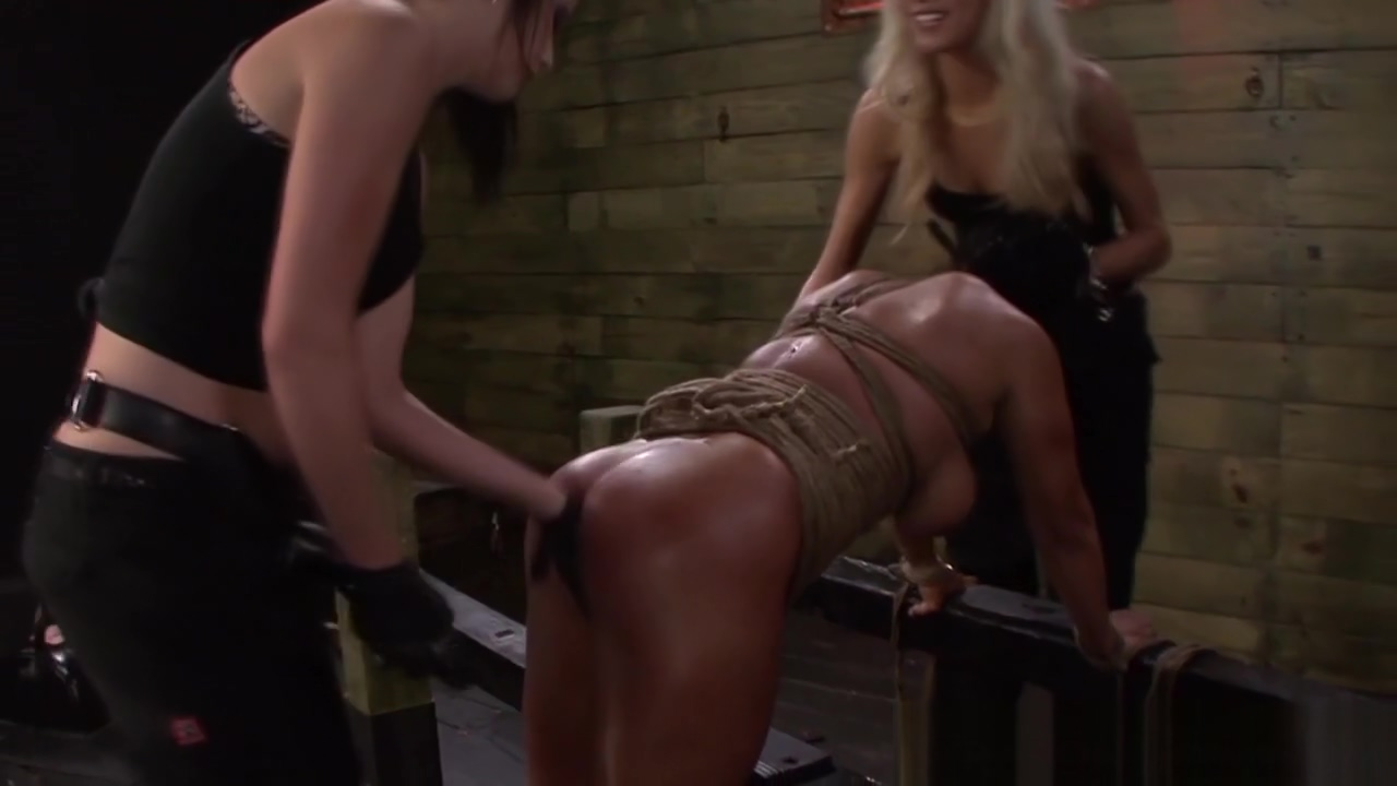 Harsh les domina strapon stories i willed her to cum