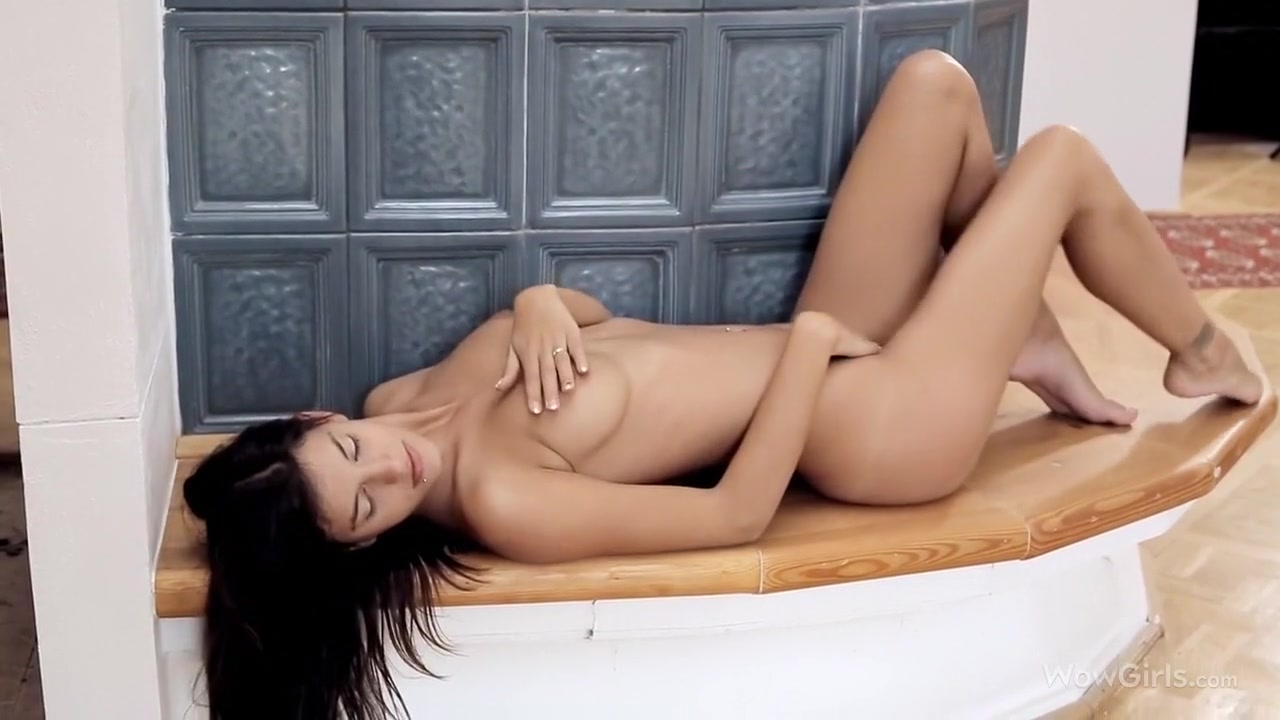 Nude 18+ Sexy latina sucking dick