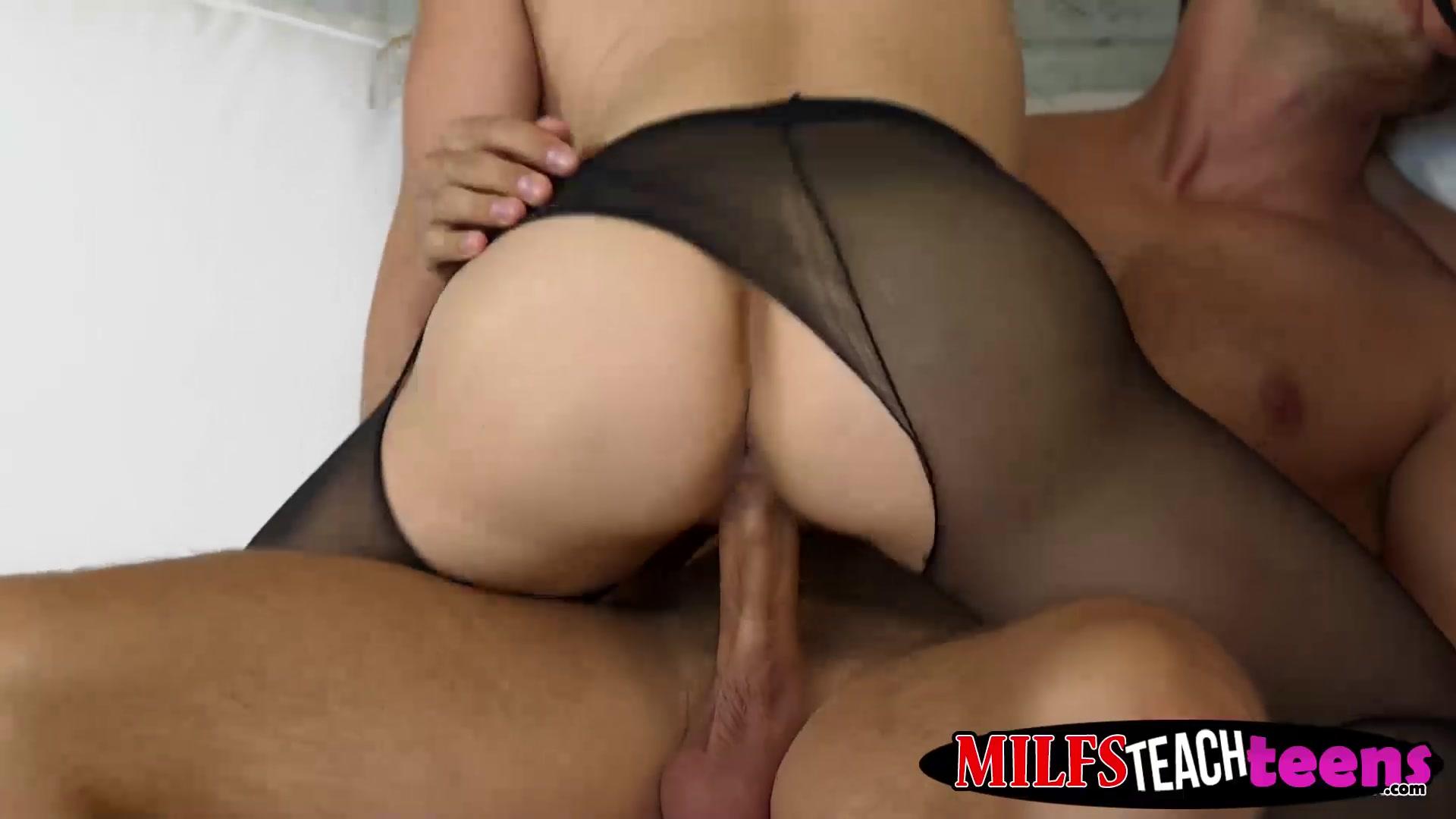 Porn Base Ver liga adelante online dating