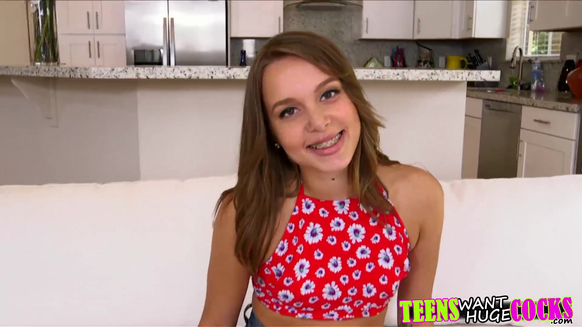 Porn tube Youtube hot girls boobs