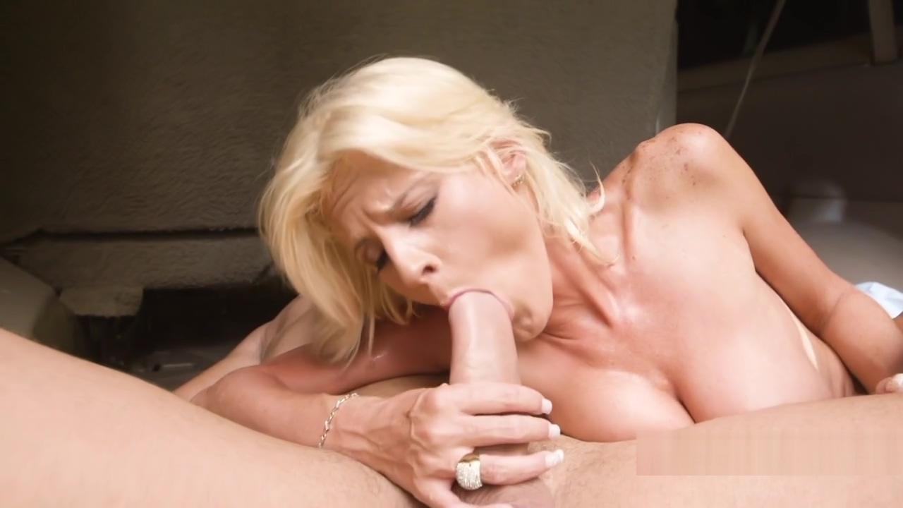 Busty Milf bangs huge cock in mini van phineas and ferb episode porn movie