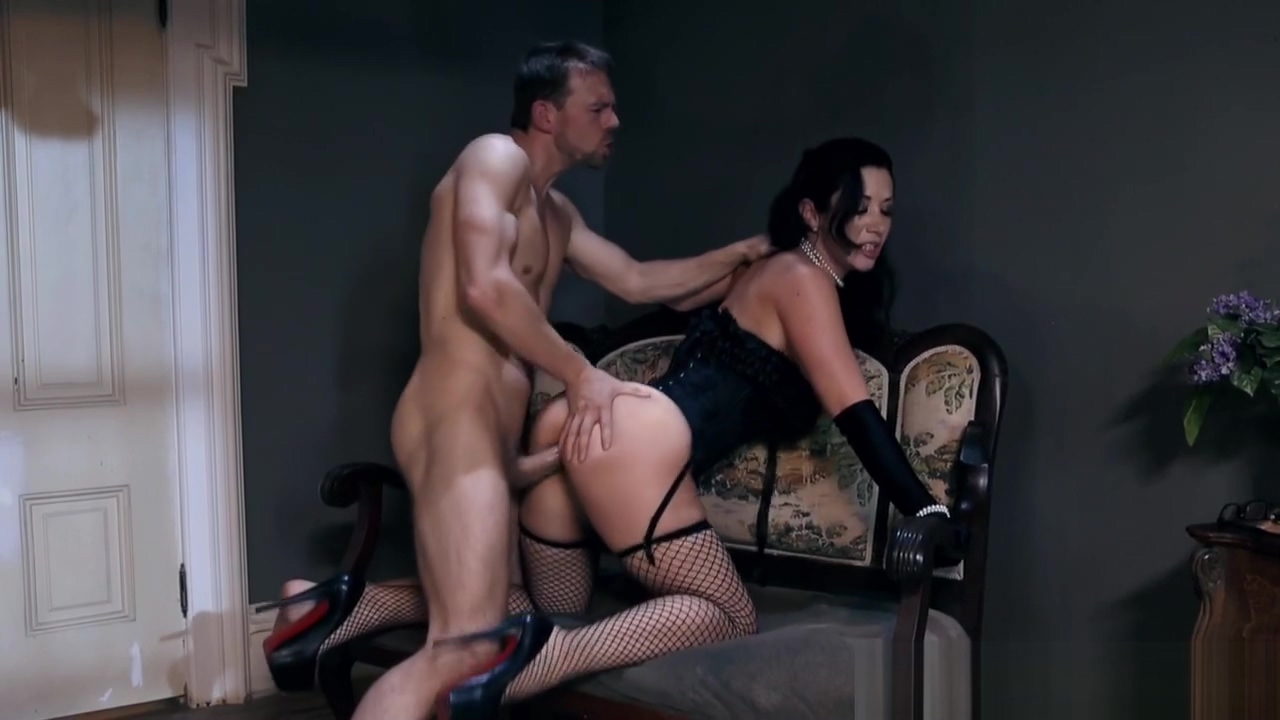 Lingerie loving milf doggystyled by big cock porn sites working in saudi
