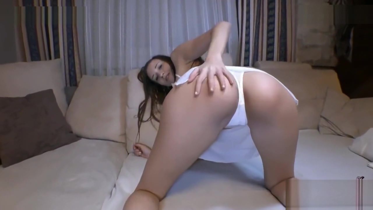 Sexyria Loves Cum all over her being Girl looking to the side