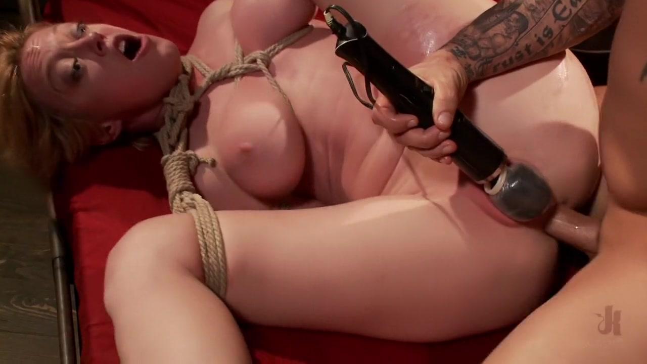 Porn FuckBook Big Ass Skinny Porn