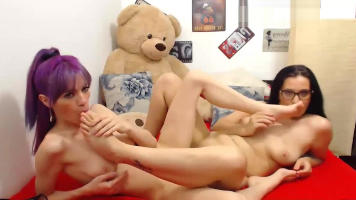 Horny Lesbian In A Awesome Foot Fetish Show teen boys discuss first sex