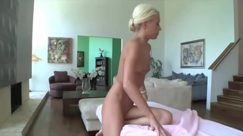 Kacey Jordan Gives Handjob Hard Teen Son amateur tight abs porn girls